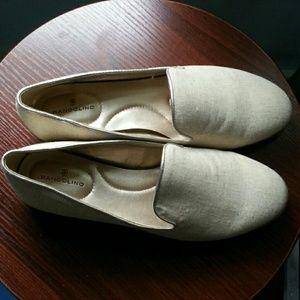 Bandolino  loafer shoes cream/gold  8m